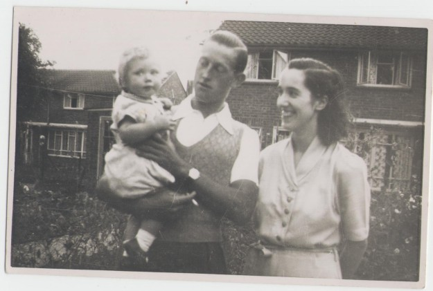 me and mum & dad 1952 001