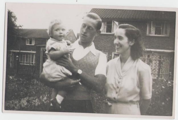 me and mum & dad 1952 001