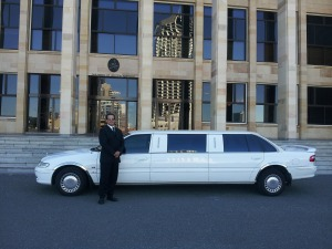 limousine-601462_1920