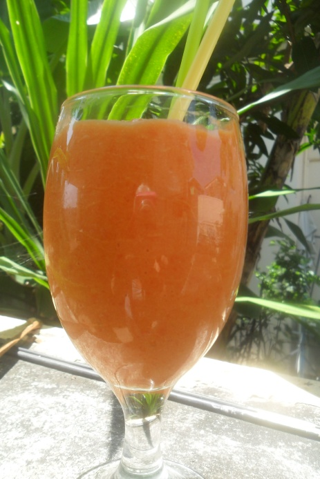 Papaya,Banana,Lime smoothie
