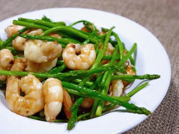 prawns asparagus Thai stir fry