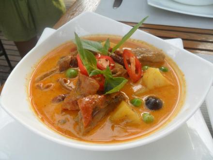 Thai Red Duck Curry Kaeng Ped Pett Yang