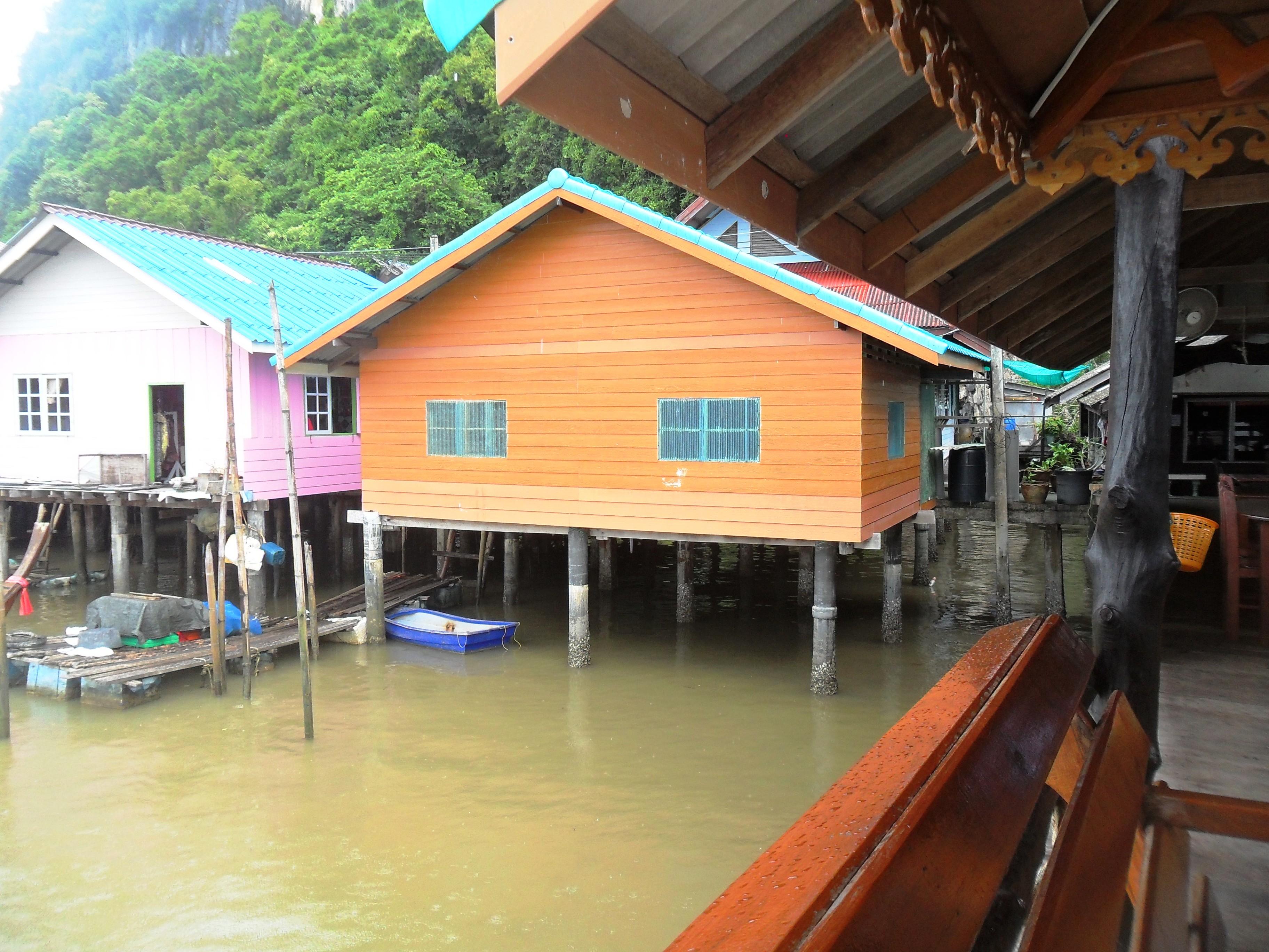 houses on stilts Koh Panyee