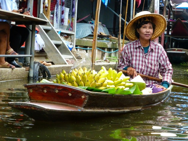 floating market thailand-502480_1280