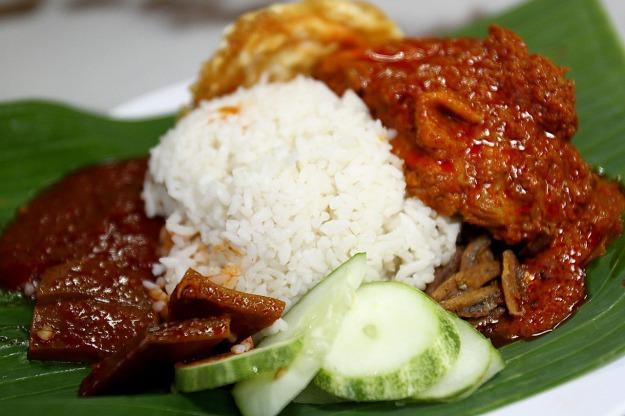 Nasi lemak food-658715_1280