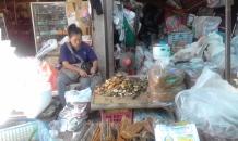 Tobacco stall Tessaban (2)