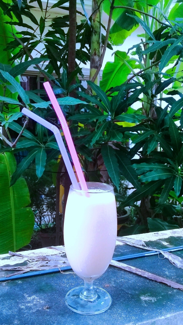 papaya-and-banana-protein-shake.jpg