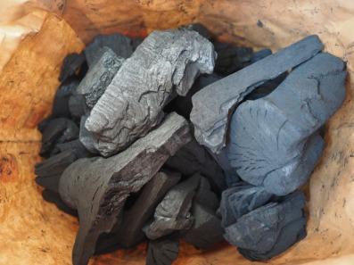 carbon-592598_1920 charcoal