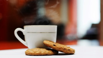 coffee-with-biscuits-1810101_1280