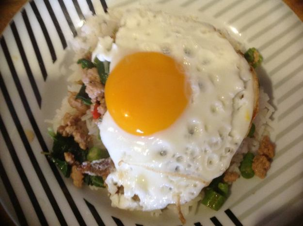 grapow- krapow-egg-pork