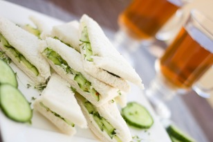 sliced white bread cucumber sandwich