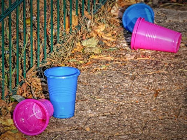 plastic-waste-3698194_640