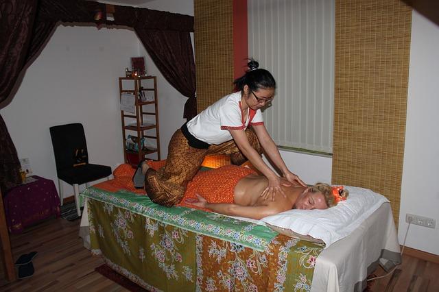 Thai massage-2096580_640