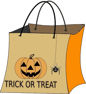 halloween trick or treat bag-151422_640