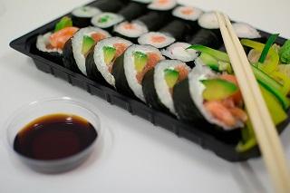 sushi soy-933550_640