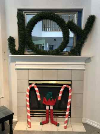 3-Holiday-DIYs-From-Pool-Noodles-14