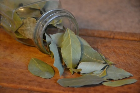 dried bay leaves and jar