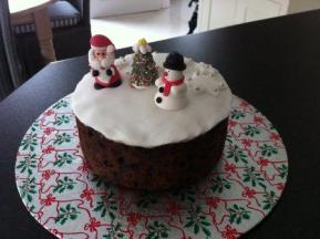 hughs Christmas cake