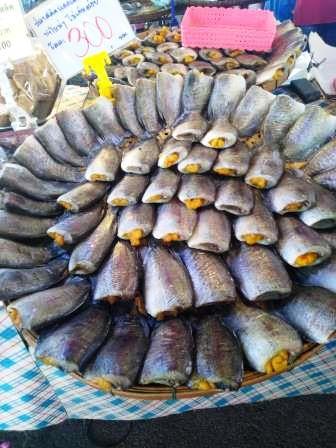 salt fish with roe posri market