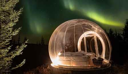 Buubble-room-in-Iceland-SWNS